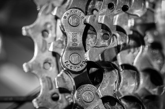 非鉄金属メーカーの年収ランキング
